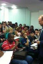 Claudio em palestra